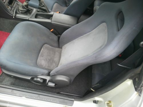 1992 Nissan Skyline R32 GTR silver passenger seat