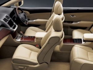 2009 Toyota Crown Majesta interior 1
