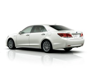 2013 Toyota Crown Majesta S21 white rear