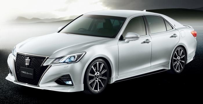 Toyota Crown TRD