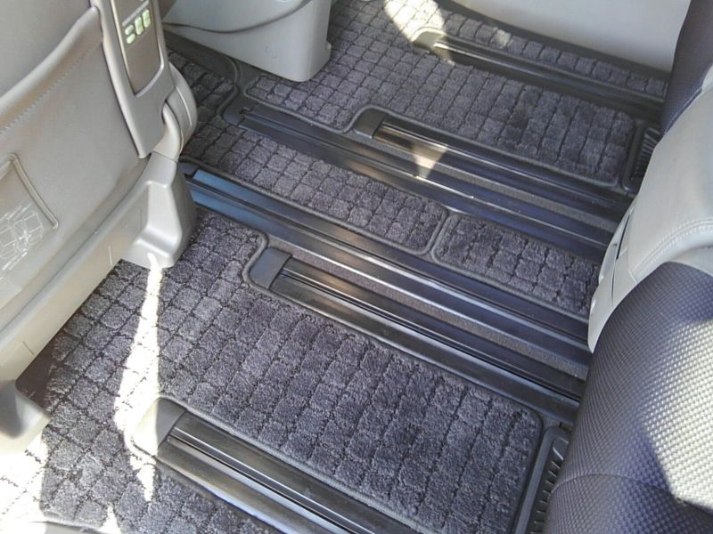 2003 Nissan Elgrand E51 Highway Star 2WD rear floor carpet