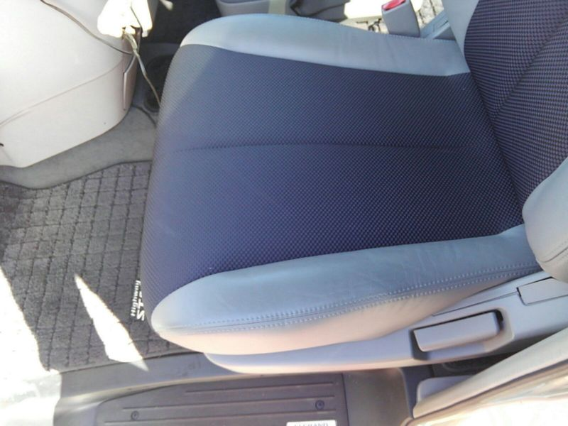 2003 Nissan Elgrand E51 Highway Star 2WD seat