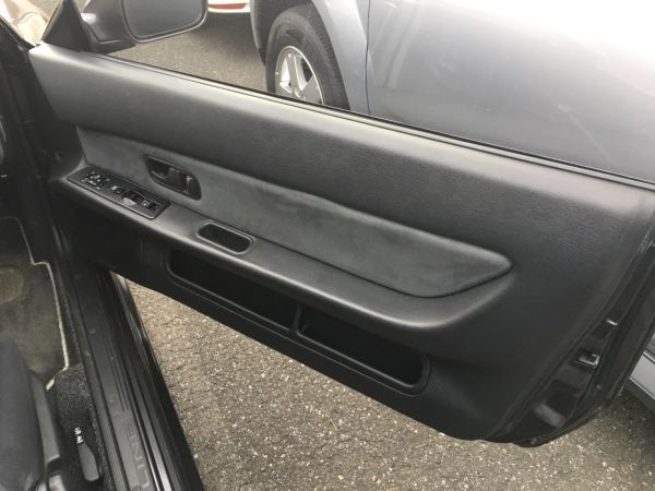 1990 Nissan Skyline R32 GT-R drivers door