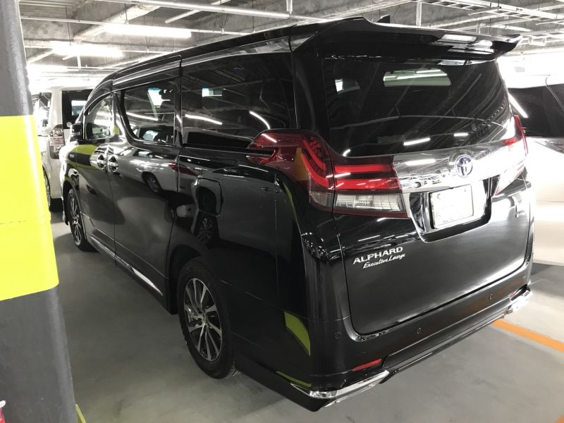 2015 Toyota Alphard Hybrid Executive Lounge left rear