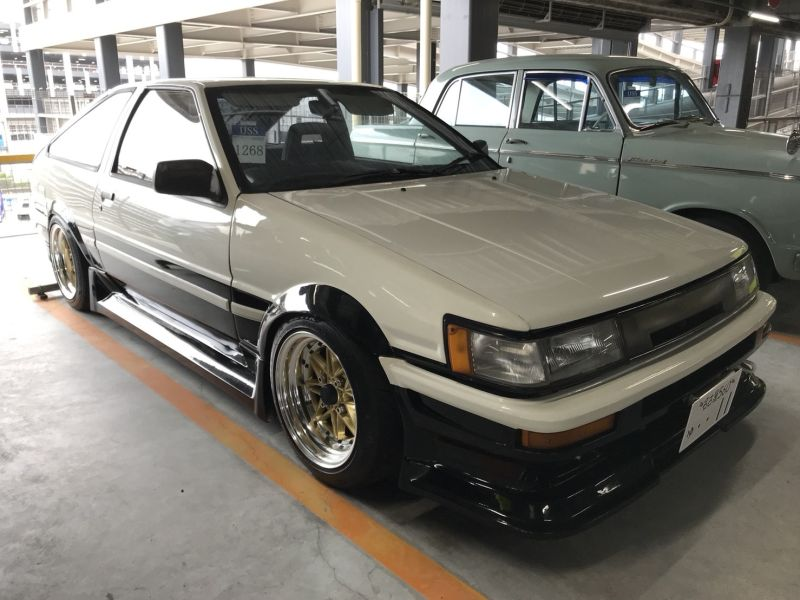 1985 Toyota Corolla Levin GT APEX right front