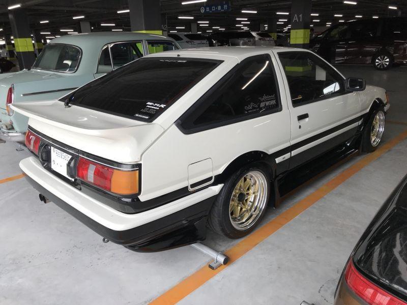 1985 Toyota Corolla Levin GT APEX right rear