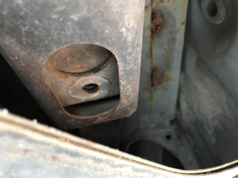 1985 Toyota Corolla Levin GT APEX rust 2