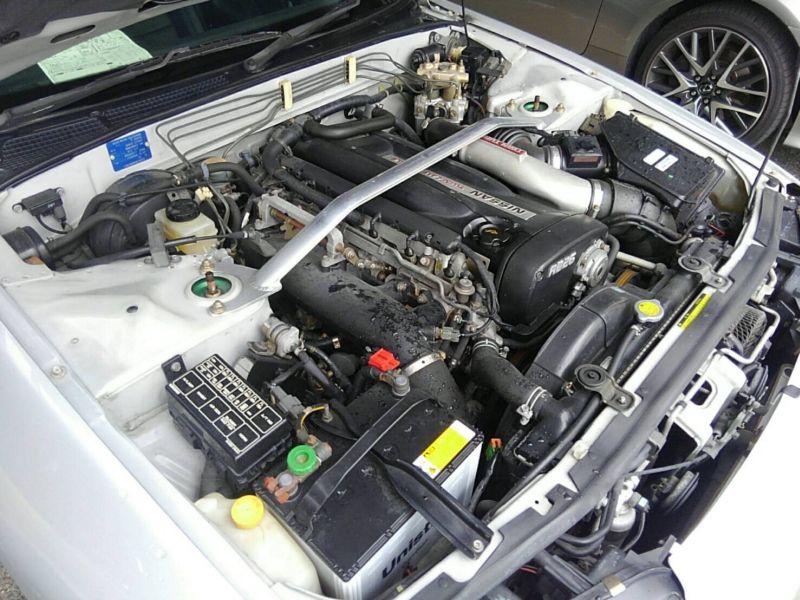 1992 Nissan Skyline R32 GTR engine 5