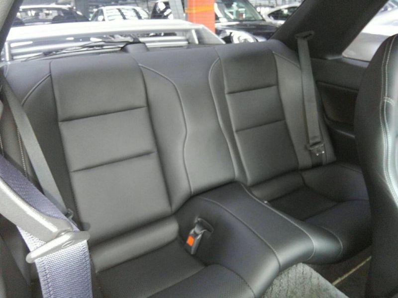 1992 Nissan Skyline R32 GTR interior 3
