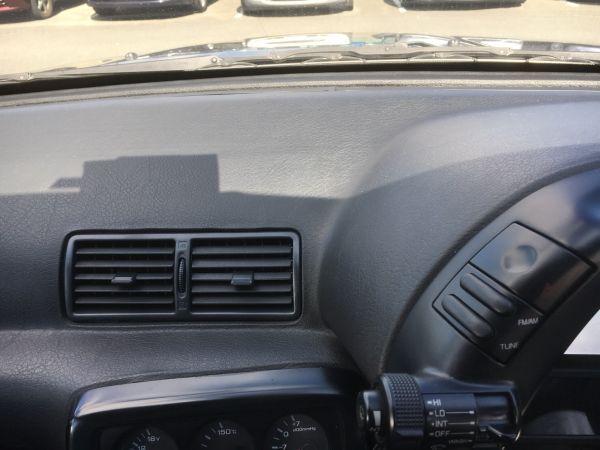 1990 Nissan Skyline R32 GTR dash vents