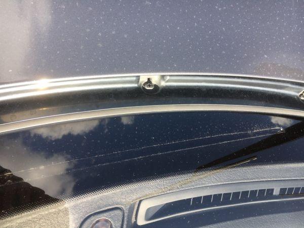 1990 Nissan Skyline R32 GTR windscreen close up